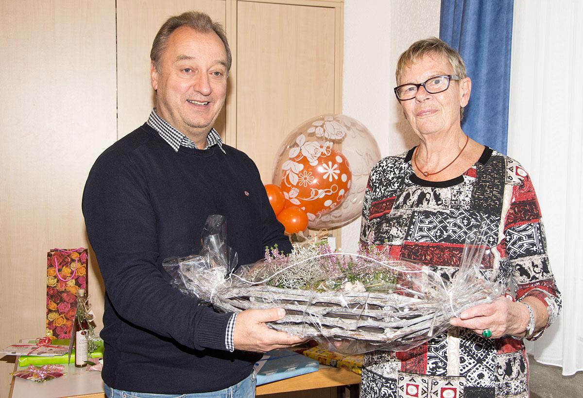 Herzlichen Glückwunsch. Unser langjähriges Mitglied Petra Jürgensen wurde 80! Alles Gute, Glück und Gesundheit für den weiteren Lebensweg.